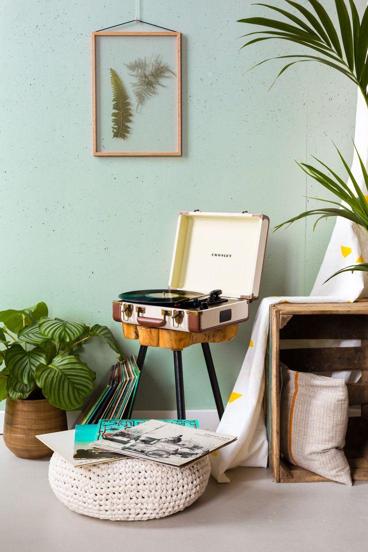 Authentieke vintage elektronica producten, uitgerust met de technologie van nu #crosley #platenspeler