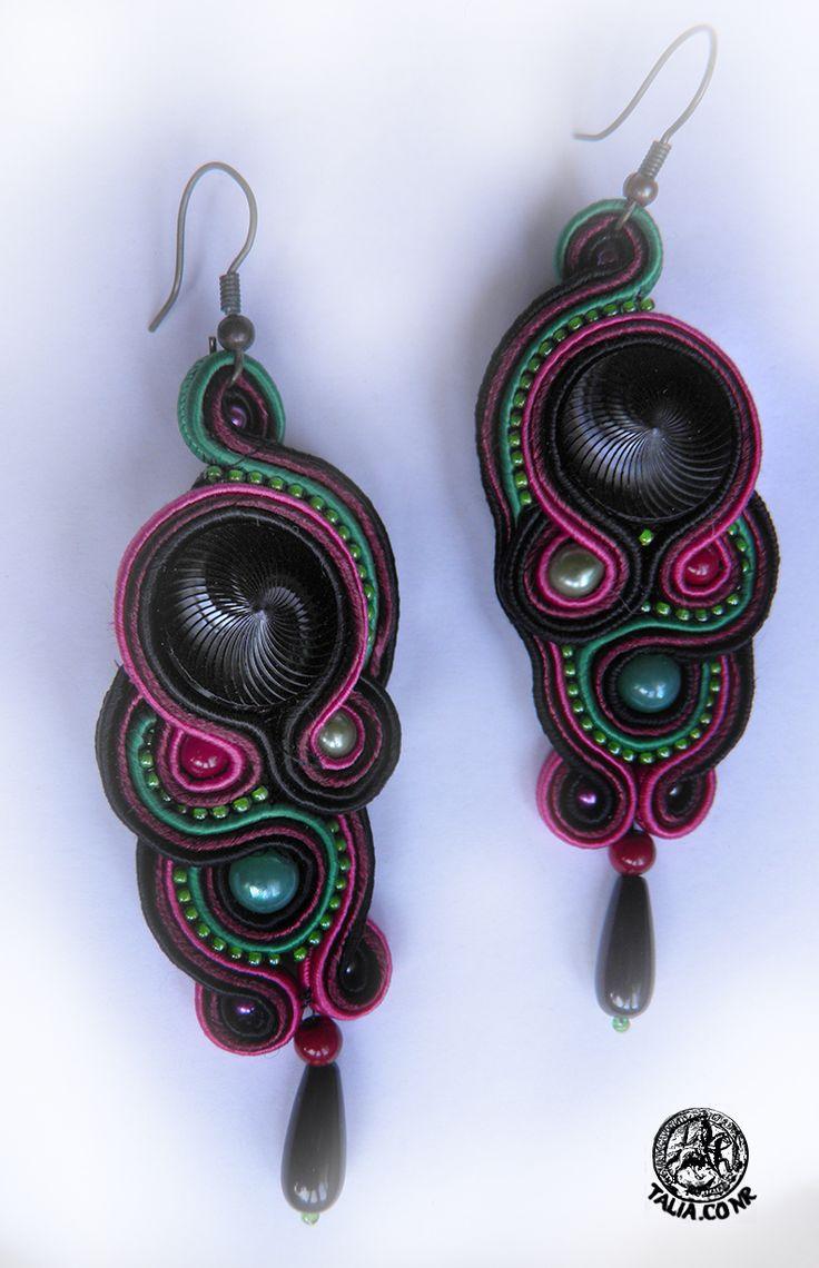 Black buttons earrings