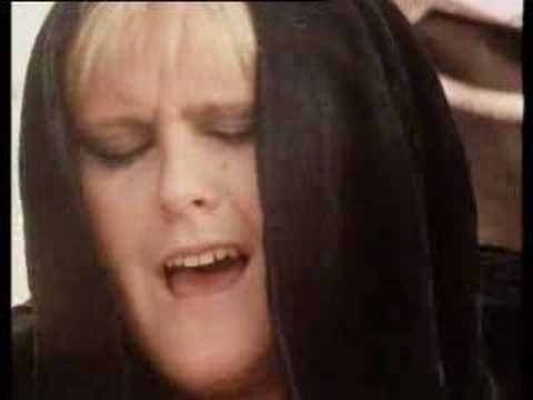 Alison Moyet - Love Resurrection- before Adele there was Alison