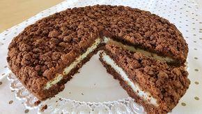 Crostata sbriciolata Bounty, ricetta facilissima per una torta morbida al cocco e cioccolato ispirata al famoso snack. Ripiena di morbida crema al cocco
