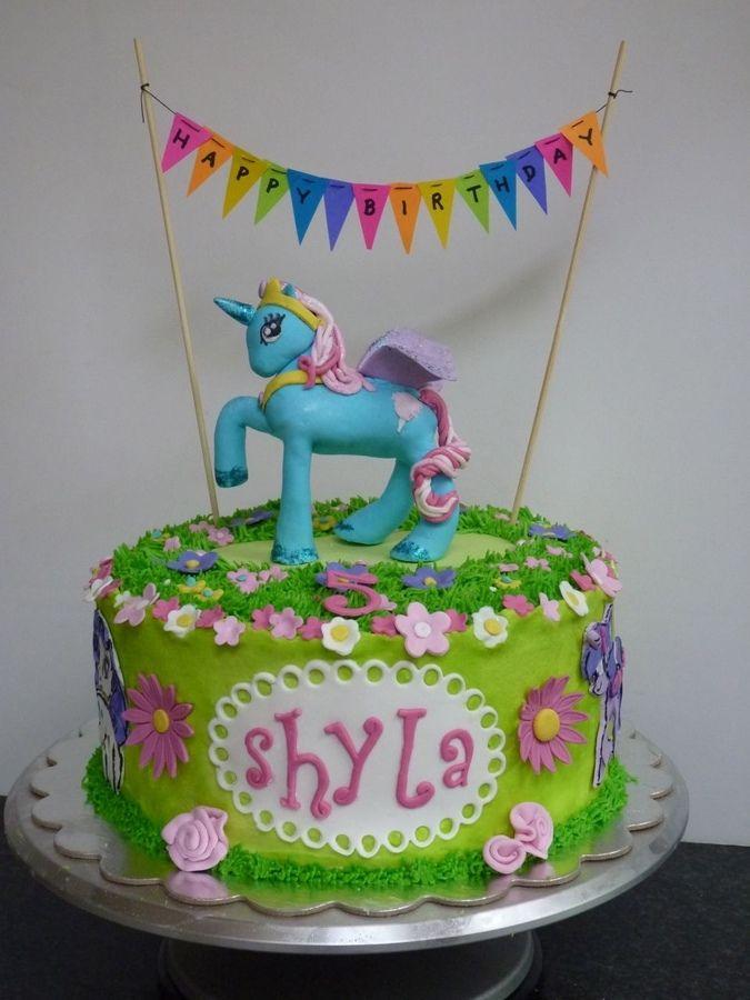 Princess Cake Designs Little Girl : 1000+ images about CAKE IDEAS on Pinterest Birthdays ...