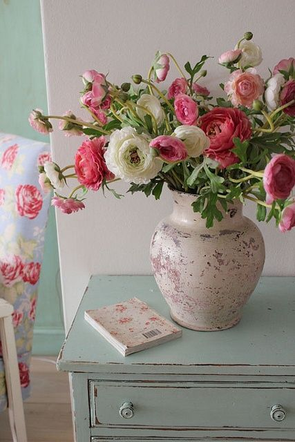 RANUNCULUS - I love these. They are one of my very favorites, along with peonies, cottage roses, white and Angelic Pink Tulips.