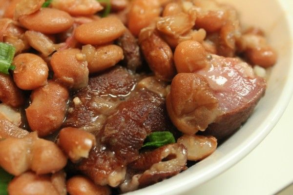 How to make southern style pinto beans and ham hocks in the Crock Pot. Hey Friends! As a busy wife and mother , I'm usually strapped for time. During the busy week, I try to make meals that…