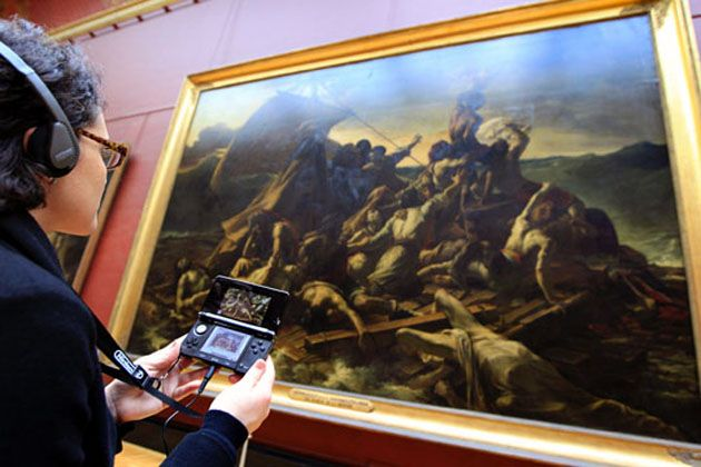 Visit The Louvre and you can use a Nintendo 3DS to access an exclusive audio-visual tour.