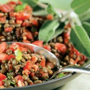 Σαλάτα καλοκαιρινή με φακές και ντομάτα
