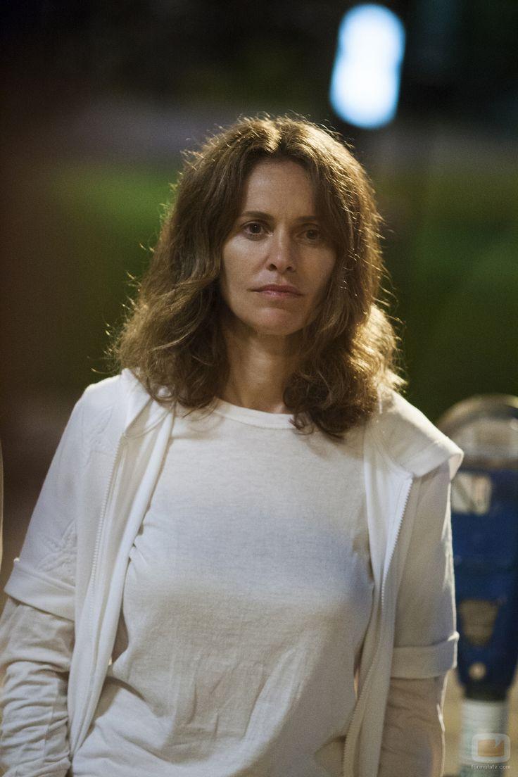 "Amy Brenneman as Laurie Garvey in ""The Leftovers"" (TV Series)"