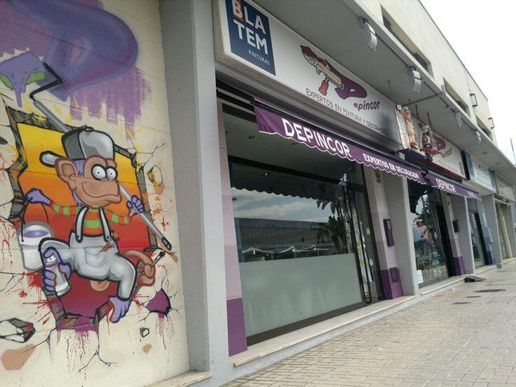 Nueva Tienda distribuidora de los productos Fotomurales DC, tanto fotomurales para paredes como vinilos decorativos, más información en http://fotomuralesbaratos.com/2014/10/02/fotomurales-baratos-en-malaga/