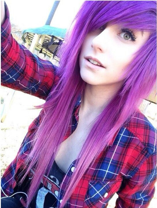 Fc:Alex Dorame| Hiya! Im Netflix! My bestfriend is Pandora... I love to watch movies and tv shows, Im not very social...im 16 years old..introduce? - - - - I love the purple-ness!