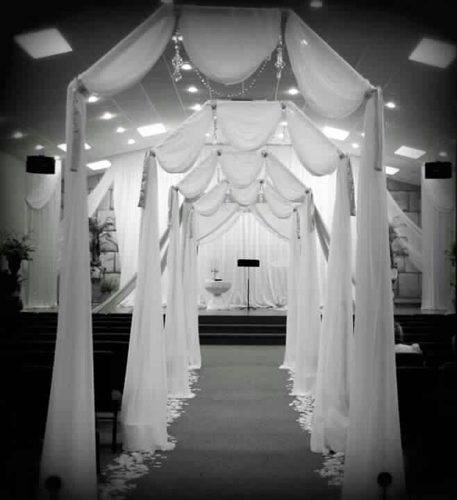 Diy Wedding Arch Plans: Best 25+ Wedding Walkway Ideas On Pinterest