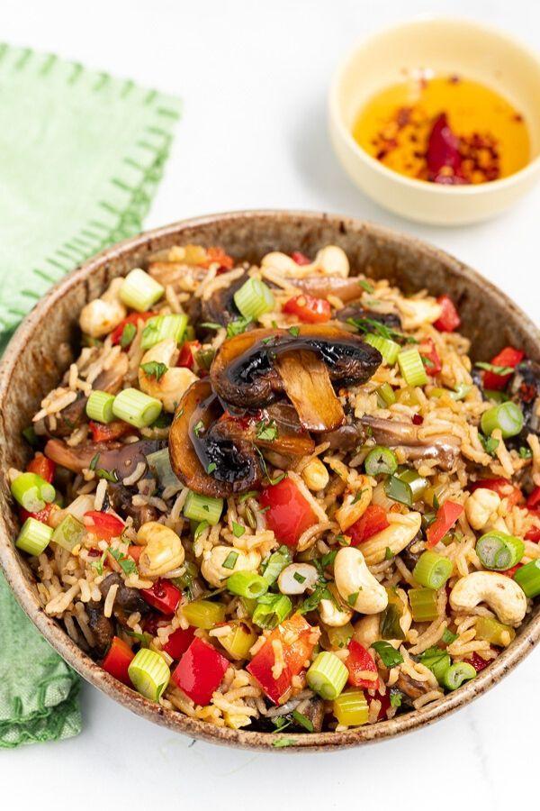 Mushroom Fried Rice Recipe In 2020 Vegan Recipes Healthy Whole Food Recipes Vegan Side Dishes
