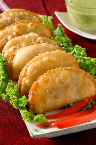 Easy Crescent Samosa (Indian Style Sandwiches) - All The Food That's Fit To Eat