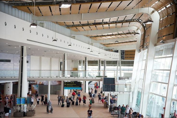 Le nouveau terminal de l'aéroport de Faro (Portugal)