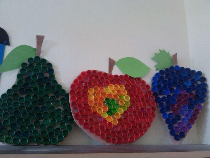 ovocie z pet-vrchnákov