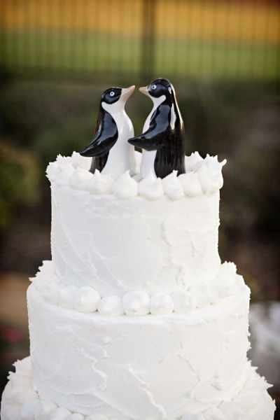 64 best Penguin-Wedding Cake Topper images on Pinterest | Cake ...