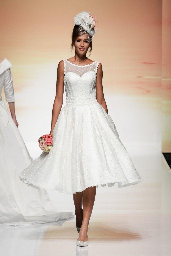 Flapper style wedding dress uk