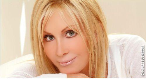 #beforeafterphotos #plasticsurgery #entertainment #celebrities #joanvanark