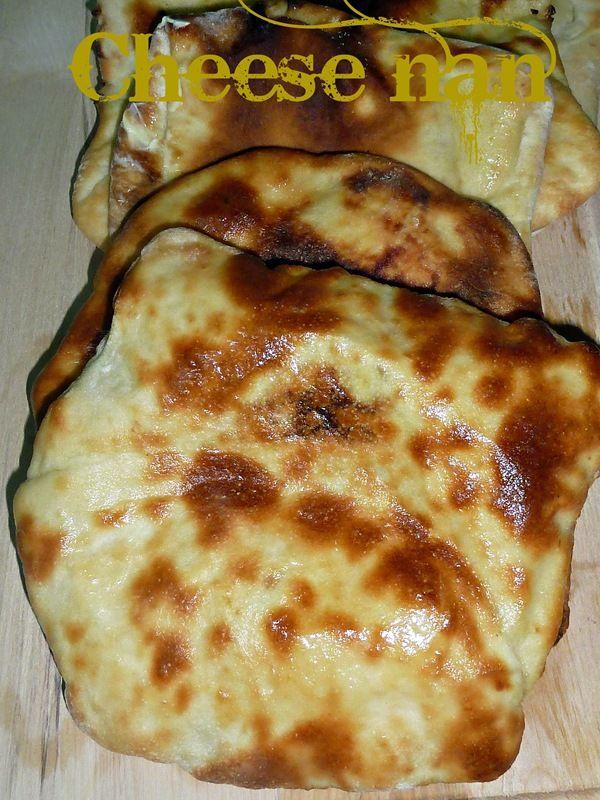 cheese nan , le pain indien au fromage. Bonjour , voila un délicieux pain indien fourré au fromage le cheese nan ou le cheese naan un pain idéal pour accompagner de délicieux repas indien épicé , pour la recette je l'ai trouvé ici j'ai rien changer sauf...