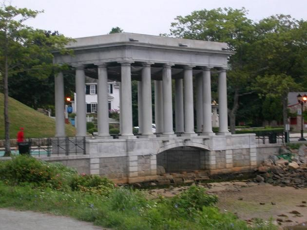 Current Plymouth Rock Monument