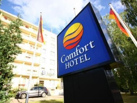 Weimar Comfort Hotel Weimar Weimar Germany, Europe Set in a prime location of Weimar, Comfort Hotel Weimar Weimar puts everything the city has to offer just outside your doorstep. Featuring a complete list of amenities, guests will find their stay at the property a comfortable one. Service-minded staff will welcome and guide you at the Comfort Hotel Weimar Weimar. Each guestroom is elegantly furnished and equipped with handy amenities. Entertain the hotel's recreational facili...