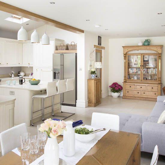 Open-plan kitchen-diner