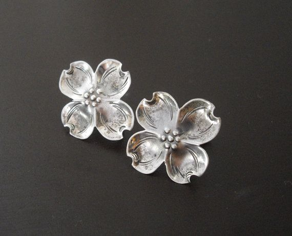 Vintage Stuart Nye Sterling Silver Dogwood Earrings by LisaWitmerCollection, $23.00