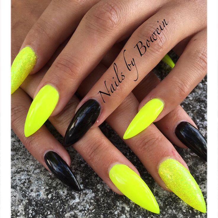 Långa spetsiga naglar! Shellac , glitter! NailsbyBowein