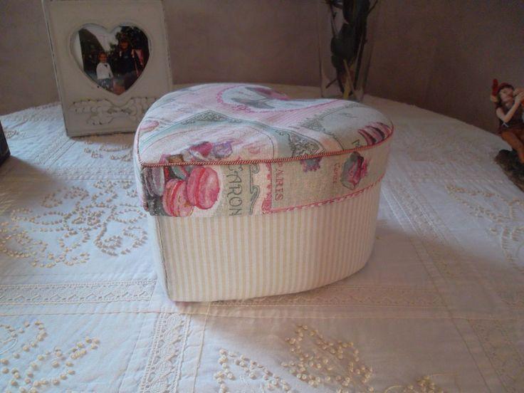 Boîte en forme de coeur - cartonnage - boîte cousue - Tatiana Alves