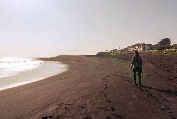 Playa #maule  / TAGS #beach #sun  #ocean #instagood #photooftheday #beautiful #sky #fun #pretty #sand #reflection #amazing #beauty #beautiful #shore #waterfoam #seashore #waves #wave