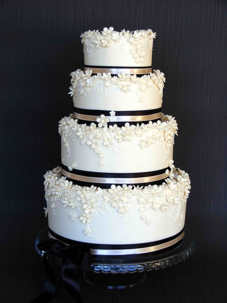 black and ivory wedding cake ideas 1002 best images about cakes black amp white 1 on 11817