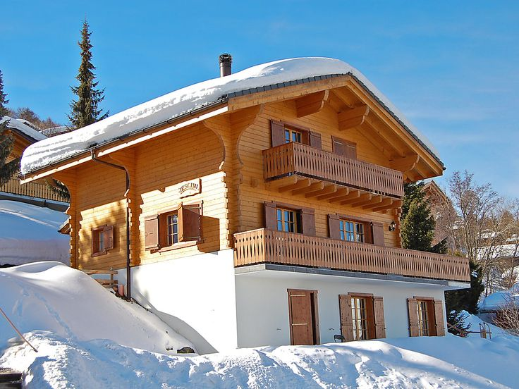 """Jescimi - Chalet - NENDAZ - Switzerland - 1616 CHF """"Jescimi"""", 6-room chalet 210 m2 on 3 levels. Large living/dining room 70 m2 with open-hearth fireplace, cable TV and DVD. Exit to the balcony, to the terrace. Open kitchen (oven, dishwasher, 4 ceramic"""
