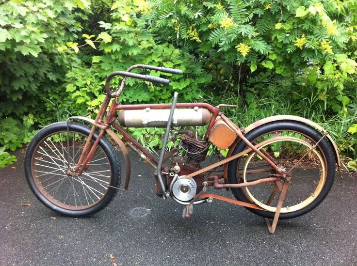 3419 best vintage motorcycles and whizzers images on for Motorized bicycle repair shop