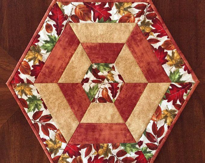 Caída de estera de tabla, acolchado hexagonal, estera de la vela, corredor de la tabla, otoño estera de tabla, Quiltsy hecho a mano