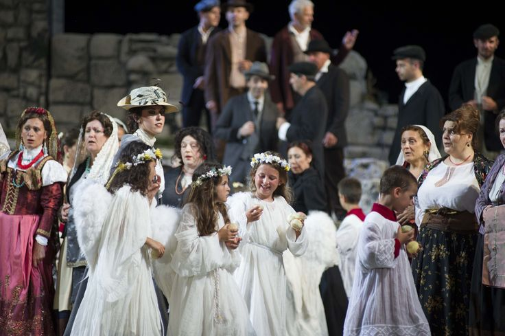 Cavalleria Rusticana. The village children with Eastern costumes.