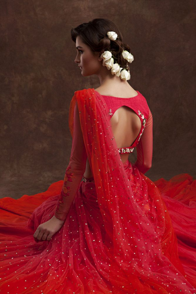 Dolly J Bridal Collection Delhi - Review & Info @ http://WedMeGood.com/explore/browse/theme/3 #Desi