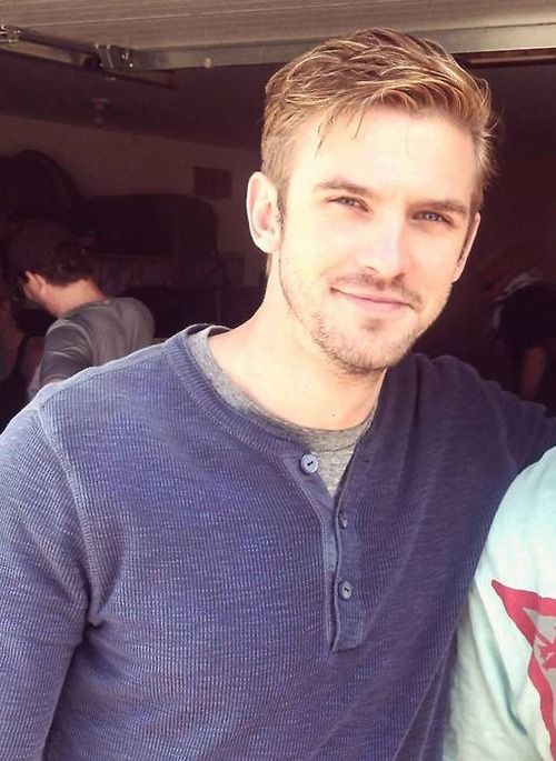 Dan Stevens on the set of The Guest (2013)