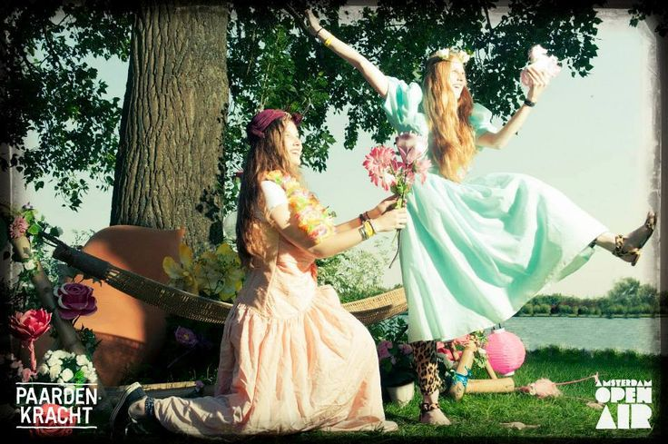 Summer Dress Up PhotoBooth by PaardenKracht