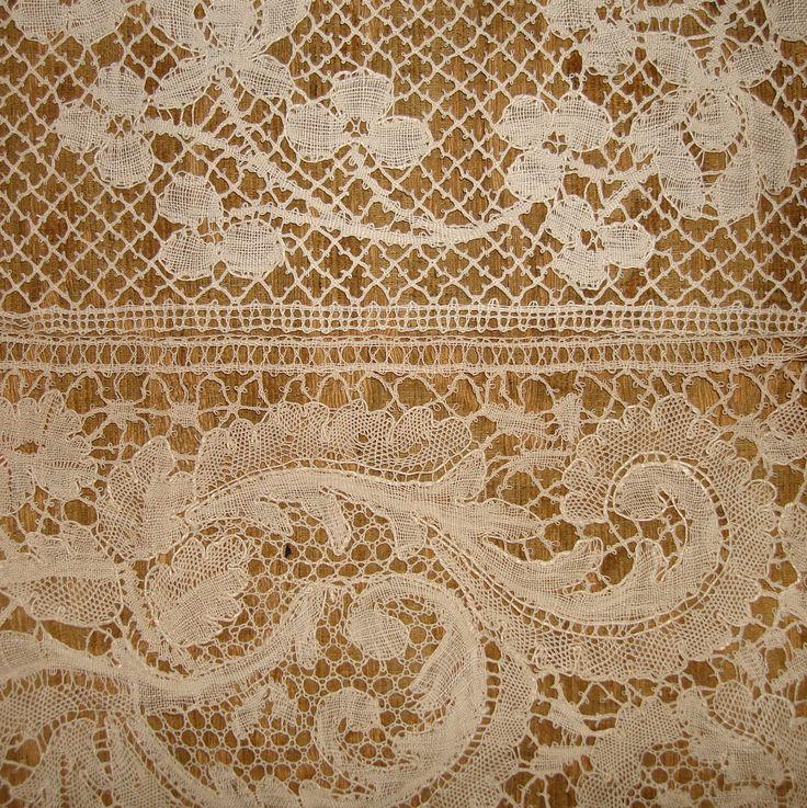 19th century Le Puy bobbin lace sample
