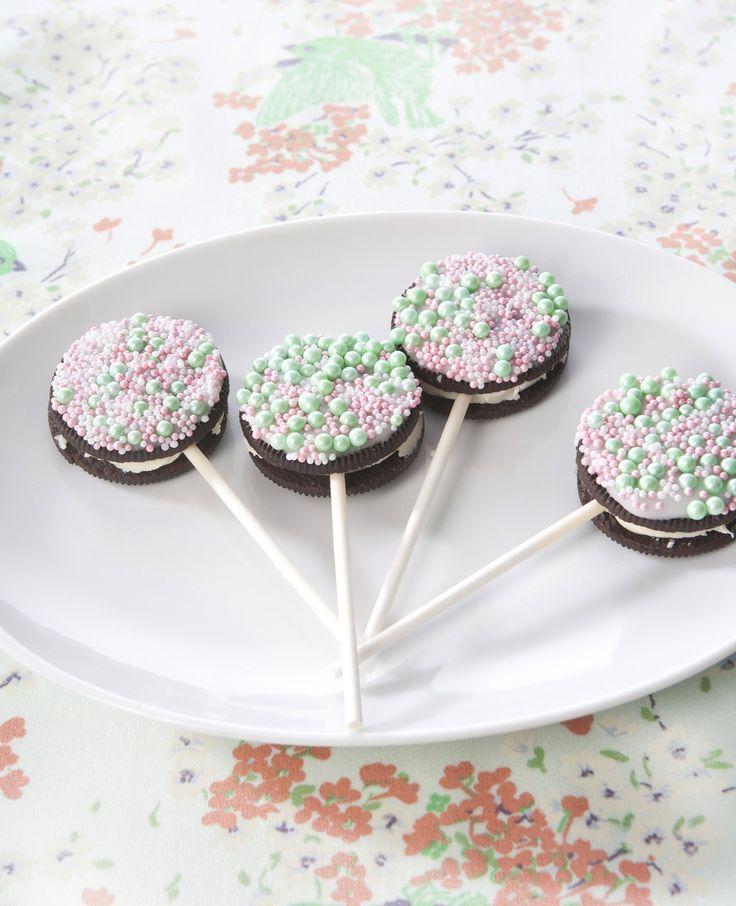 Hmm... Oreo-koekjes zijn superlekker! Maar ook leuk om een traktatie mee te maken.