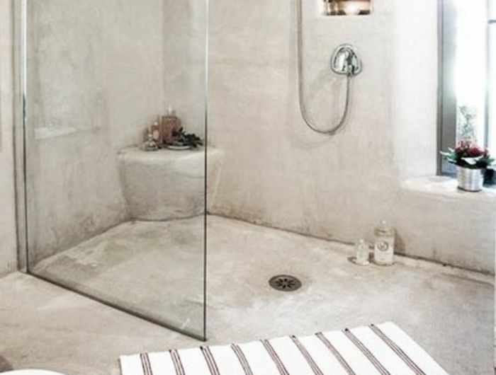 douche-à-l-italienne-castorama-salle-de-bain-en-beton-ciré-beige-douche-italienne-castorama