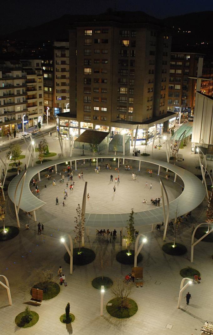 Bird's eye view. Indautxu Square in Bilbao by JAAM sociedad de arquitectura. Photography © Elker Azketa.