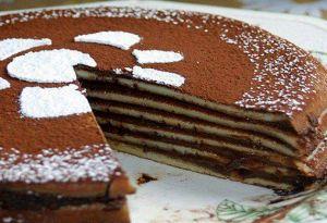 Torta di crepes al cioccolato, la ricetta Scritto da Stefania Longo    Se vi piacciono le crepes con la nutella o con la crema non potete perdere la torta di crepes al cioccolato, una vera delizia per tutti.