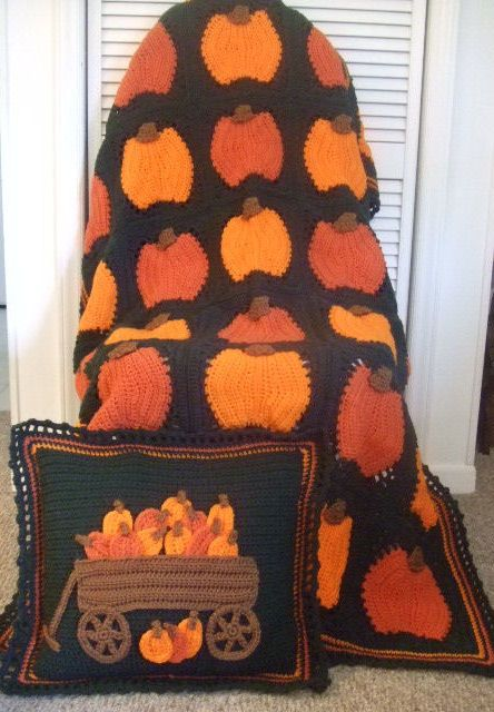 Crochet Pattern for Pumpkin Afghan and Pillow. Pattern can be found at…