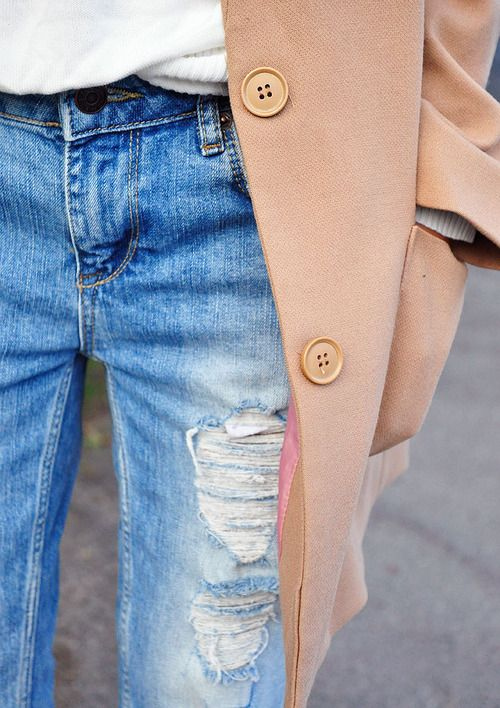 casual camel.: Camel Coats, Ripped Jeans, Distressed Jeans, Blue, Street Style, White Shirts, Winter Outfit, Distressed Denim, Boyfriends Jeans