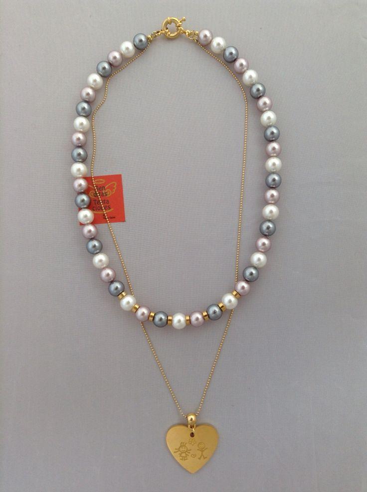 Collar doble con perlas de nácar, cadena y dije. Ref.p170. benditas_tentaciones@yahoo.com