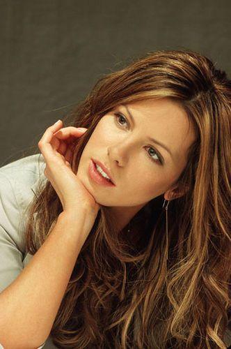 Kate Beckinsale Hairstyle | Hairstyle, Hairstyle ideas