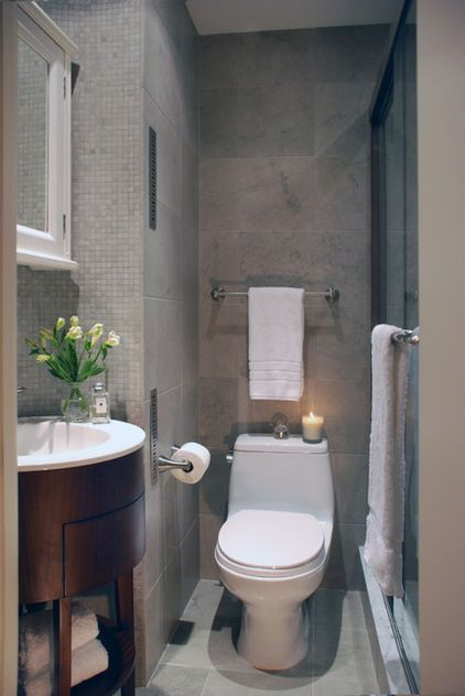This 55-square-foot bathroom may not have a soaking tub, but it has everything else needed for someone to come out feeling fresh and clean. In the simple and straightforward layout,