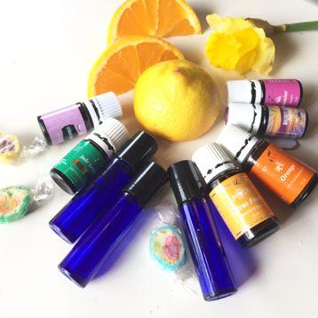Har du noen gang vurdert å lage din egen hjemmelagde parfyme? Å lage parfyme er utrolig enkelt og kjempegøy. Det blir fine og nyttige gaver ...