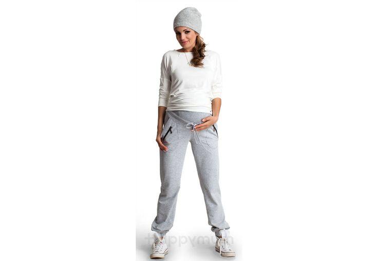 Lexie nadrág - Kismama nadrágok Lexie nadrágunk garancia a sportos, kényelmes megjelenésért. Nemcsak várandósság ideje alatti tornához, de később baba-mama tornához is ideális lehet. Ha az otthoni megjelenésben a kényelmet helyezed előtérbe, akkor ennek a nadrágnak a szekrényedben a helye! A hasi részen megerősítés található a növekvő pocakméret miatt, a nadrág kötője a pontos méret beállítását segíti Neked.