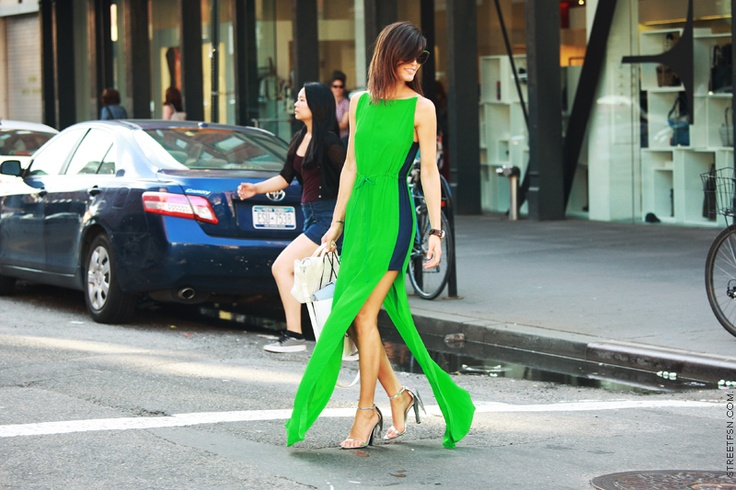 fabulous green: Summer Dresses, Maxi Dresses, Neon Green, Cities Chic, Fashion Week, Street Style, Neon Dresses, Alexander Wang, Green Dresses
