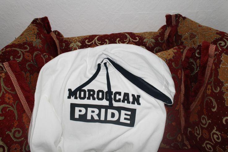 Amal heeft haar 'Moroccan Pride' hoodie laten liggen op redactie Misdaadnieuws